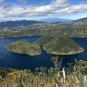★ LAGUNA DE CUICOCHA – IMBABURA  By : @sunsasf  #Cuicocha #ProvinciaDeImbabura #DiscoverEcuador #EcuadorPotenciaTuristica #EcuadorIsAllyouNeed #EcuadorTuristico #EcuadorAmaLavida #EcuadorPrimero #Ecuador #SoClose #LikeNoWhereElse #ViajaPrimeroEcuador #AllInOnePlace #AllYouNeedIsEcuador #PaisajesEcuador #PaisajesEcuador593 #FeelAgainInEcuador #Love #Nature_Wizards #Nature_Perfections #Wow_America #World_Shots #WorldCaptures