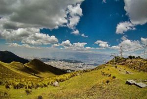 TELEFÉRICO QUITO – PICHINCHA  By: @kebiin_bo  #Quito #Prov