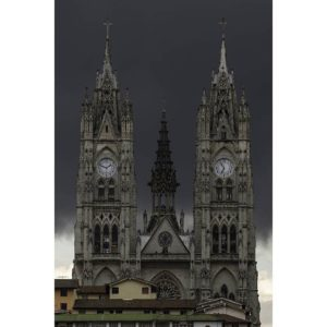 BASÍLICA DEL VOTO NACIONAL – QUITO – PROVINCIA DE PICHINCHA  By: @the.sorta.hawaiian  #Q