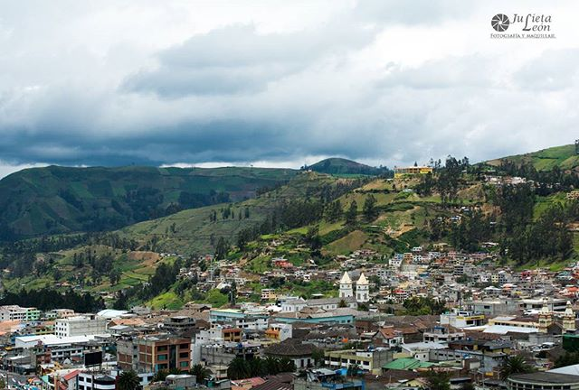 ★ GUARANDA – BOLIVAR  By : @julietaleonp  #Guaranda #ProvinciaDeBolivar #DiscoverEcuador #EcuadorPotenciaTuristica #EcuadorIsAllyouNeed #EcuadorTuristico #EcuadorAmaLavida #EcuadorPrimero #Ecuador #SoClose #LikeNoWhereElse #ViajaPrimeroEcuador #AllInOnePlace #AllYouNeedIsEcuador #PaisajesEcuador #PaisajesEcuador593 #FeelAgainInEcuador #Love #Nature_Wizards #Nature_Perfections #Wow_America #World_Shots #WorldCaptures