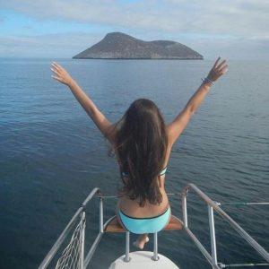 ★ SOLO EN GALÁPAGOS  By : @gabrielapirola  #Galápagos #DiscoverEcuador #EcuadorPotenciaTuristica #EcuadorIsAllyouNeed #EcuadorTuristico #EcuadorAmaLavida #EcuadorPrimero #Ecuador #SoClose #LikeNoWhereElse #ViajaPrimeroEcuador #AllInOnePlace #AllYouNeedIsEcuador #PaisajesEcuador #PaisajesEcuador593 #FeelAgainInEcuador #Love #Nature_Wizards #Nature_Perfections #Wow_America #World_Shots #WorldCaptures