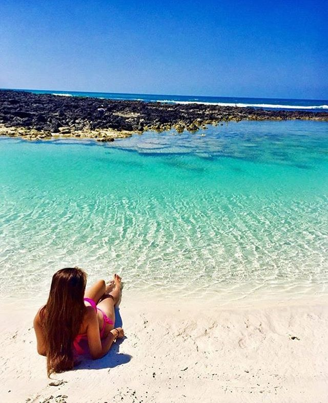 ★ TORTUGA BAY – GALAPAGOS  By : @karenpdiazmakeup  #TortugaBay #Galapagos #DiscoverEcuador #EcuadorPotenciaTuristica #EcuadorIsAllyouNeed #EcuadorTuristico #EcuadorAmaLavida #EcuadorPrimero #Ecuador #SoClose #LikeNoWhereElse #ViajaPrimeroEcuador #AllInOnePlace #AllYouNeedIsEcuador #PaisajesEcuador #PaisajesEcuador593 #FeelAgainInEcuador #Love #Nature_Wizards #Nature_Perfections #Wow_America #World_Shots #WorldCaptures