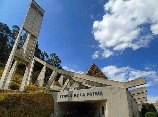 ★ HOY SE CELEBRA LA BATALLA DE PICHINCHA, OCURRIDA EL 24 MAYO DE 1822.  By : @jarvinsam  #Quito #Pichincha  #BatallaDePichincha #24DeMayo #ProvinciaDe #DiscoverEcuador #EcuadorPotenciaTuristica #EcuadorIsAllyouNeed #EcuadorTuristico #EcuadorAmaLavida #EcuadorPrimero #Ecuador #SoClose #LikeNoWhereElse #ViajaPrimeroEcuador #AllInOnePlace #AllYouNeedIsEcuador #PaisajesEcuador #PaisajesEcuador593 #FeelAgainInEcuador #Love #Nature_Wizards #Nature_Perfections #Wow_America #World_Shots #WorldCaptures