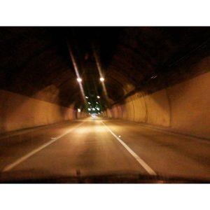 ★ San Eduardo tunnel  #guayaquil #allyouneedisecuador #ecuador #tunnel #voyage #travelblogger #viajar #guayaquilesmidestino #travelingram #tunel #traveler #fiturinspiration #viaggi #viagem #viaje #ecuadortravel #turismo #wildon #adventure  #ecuadorisallyouneed #likenowhereelse #worldcaptures #challengeonnaturephotography #vulture #rutaviva #instameetec#aefona #feelagaininecuador #discoverecuador