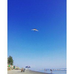 ★ Parapente 🌊  #guayaquil #allyouneedisecuador #ecuador #guayaquilesmidestino #voyage #travelblogger #viajar #beach #travelingram #playas #traveler #fiturinspiration #viaggi #viagem #viaje #ecuadortravel #turismo #wildon #adventure  #ecuadorisallyouneed #likenowhereelse #worldcaptures #challengeonnaturephotography #vulture #rutaviva #instameetec#aefona #feelagaininecuador #discoverecuador