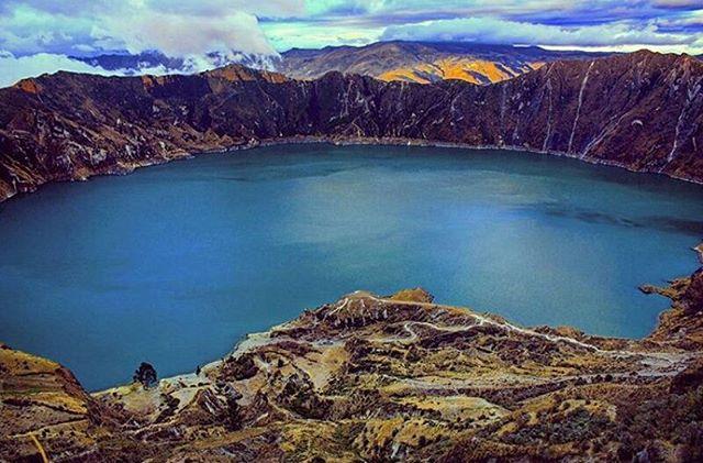 ★ QUILOTOA – COTOPAXI  By : @kombirutera  #Quilotoa #ProvinciaDeCotopaxi #DiscoverEcuador #EcuadorPotenciaTuristica #EcuadorIsAllyouNeed #EcuadorTuristico #EcuadorAmaLavida #EcuadorPrimero #Ecuador #SoClose #LikeNoWhereElse #ViajaPrimeroEcuador #AllInOnePlace #AllYouNeedIsEcuador #PaisajesEcuador #PaisajesEcuador593 #FeelAgainInEcuador #Love #Nature_Wizards #Nature_Perfections #Wow_America #World_Shots #WorldCaptures
