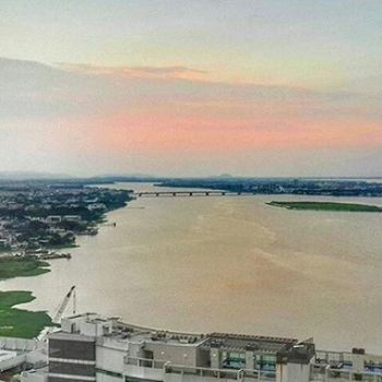 ★ RIO GUAYAS – GUAYAQUIL – GUAYAS  By : @nellasml  #RioGuayas #Guayaquil #ProvinciaDeGuayas #DiscoverEcuador #EcuadorPotenciaTuristica #EcuadorIsAllyouNeed #EcuadorTuristico #EcuadorAmaLavida #EcuadorPrimero #Ecuador #SoClose #LikeNoWhereElse #ViajaPrimeroEcuador #AllInOnePlace #AllYouNeedIsEcuador #PaisajesEcuador #PaisajesEcuador593 #FeelAgainInEcuador #Love #Nature_Wizards #Nature_Perfections #Wow_America #World_Shots #WorldCaptures