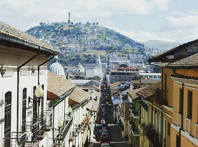 ★ QUITO - PICHINCHA  By : @foresttravelagency  #Quito #ProvinciaDePichincha #DiscoverEcuador #EcuadorPotenciaTuristica #EcuadorIsAllyouNeed #EcuadorTuristico #EcuadorAmaLavida #EcuadorPrimero #Ecuador #SoClose #LikeNoWhereElse #ViajaPrimeroEcuador #AllInOnePlace #AllYouNeedIsEcuador #PaisajesEcuador #PaisajesEcuador593 #FeelAgainInEcuador #Love #Nature_Wizards #Nature_Perfections #Wow_America #World_Shots #WorldCaptures #LoveIsInTheAir