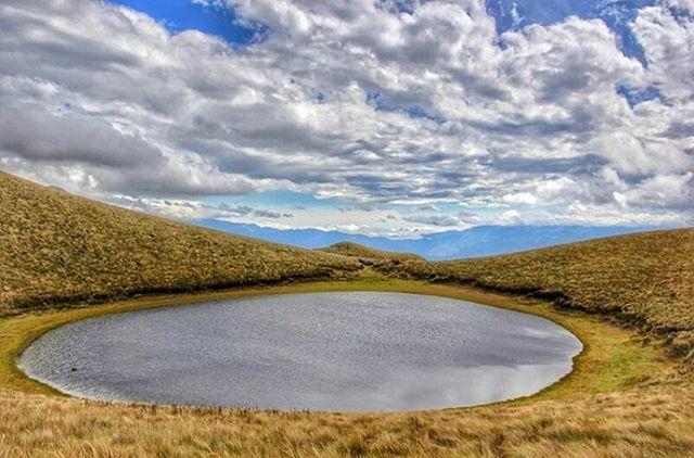 ★ CUBILCHE - IMBABURA  By : @lucasgarzonf  #Cubilche #ProvinciaDeImbabura #DiscoverEcuador #EcuadorPotenciaTuristica #EcuadorIsAllyouNeed #EcuadorTuristico #EcuadorAmaLavida #EcuadorPrimero #Ecuador #SoClose #LikeNoWhereElse #ViajaPrimeroEcuador #AllInOnePlace #AllYouNeedIsEcuador #PaisajesEcuador #PaisajesEcuador593 #FeelAgainInEcuador #Love #Nature_Wizards #Nature_Perfections #Wow_America #World_Shots #WorldCaptures