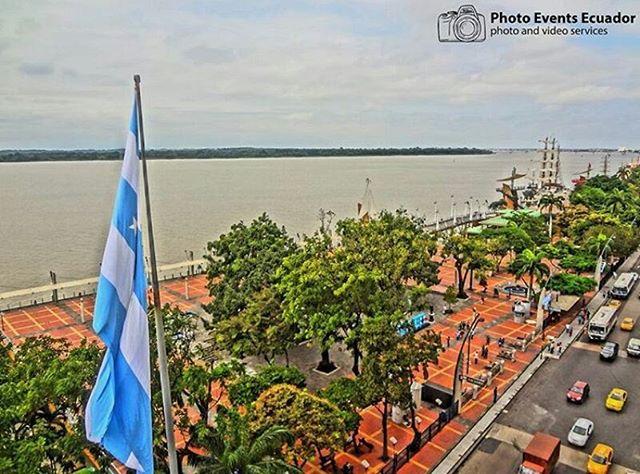 ★ GUAYAQUIL - GUAYAS  By : @photoeventsecuador  #Guayaquil #ProvinciaDeGuayas #DiscoverEcuador #EcuadorPotenciaTuristica #EcuadorIsAllyouNeed #EcuadorTuristico #EcuadorAmaLavida #EcuadorPrimero #Ecuador #SoClose #LikeNoWhereElse #ViajaPrimeroEcuador #AllInOnePlace #AllYouNeedIsEcuador #PaisajesEcuador #PaisajesEcuador593 #FeelAgainInEcuador #Love #Nature_Wizards #Nature_Perfections #Wow_America #World_Shots #WorldCaptures