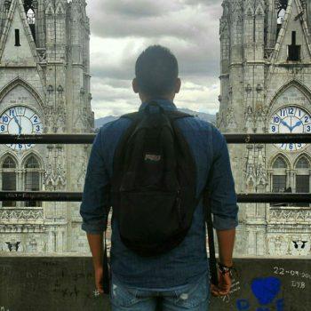★ #BasilicadelVotoNacional #Quito Photo:  @david_fossa  Vive tu mejor #aventura con la #FamiliaViajeraEcuador#Rutaviva.  www.rutaviva.com_____________________________________________ #ViajaPrimeroEcuador #EcuadorNow  #Ecuador  #allyouneedisecuador #travelblogger#mochileros #natgeotravel #blogger #adventure #amor  #fotografias #fotosespectaculares  #Instapic #instatravel #instagramers #instameet #primerolacomunidad #instameetecuador#familiaviajera #igersecuador #ecoturismo @instagrames #wwim13@falvaradoe