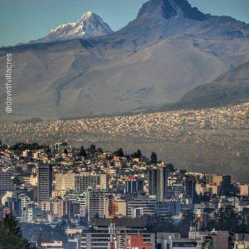 ★ QUITO Y LOS VOLCANES CORAZÓN E ILLINIZAS SUR - PICHINCHA  By : @davidfvillacres  #Quito #ProvinciaDePichincha #DiscoverEcuador #EcuadorPotenciaTuristica #EcuadorIsAllyouNeed #EcuadorTuristico #EcuadorAmaLavida #EcuadorPrimero #Ecuador #SoClose #LikeNoWhereElse #ViajaPrimeroEcuador #AllInOnePlace #AllYouNeedIsEcuador #PaisajesEcuador #PaisajesEcuador593 #FeelAgainInEcuador #Love #Nature_Wizards #Nature_Perfections #Wow_America #World_Shots #WorldCaptures