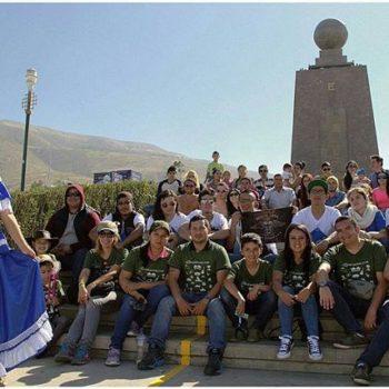 ★ La #FamiliaViajeraEcuador inició su  recorrido por las 24 provincias del Ecuador, Seguimos impulsando el turismo desde el 2006. Espéranos en tu ciudad.  Photo: @rrdelgado  Vive tu mejor #aventura con la #FamiliaViajeraEcuador#Rutaviva.  www.rutaviva.com_____________________________________________ #ViajaPrimeroEcuador #EcuadorNow  #Ecuador  #allyouneedisecuador #travelblogger#gopro #natgeotravel #blogger #adventure #natgeo  #fotografias #fotosespectaculares  #Instapic #instatravel #instagramers #instameet #primerolacomunidad #instameetecuador#familiaviajera #igersecuador #ecoturismo @instagrames #wwim13@falvaradoe