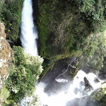 ★ PAILON DEL DIABLO – BAÑOS – TUNGURAHUA  By : @mclaudiamoscoso  #PailonDelDiablo #Baños #ProvinciaDeTungurahua #DiscoverEcuador #EcuadorPotenciaTuristica #EcuadorIsAllyouNeed #EcuadorTuristico #EcuadorAmaLavida #EcuadorPrimero #Ecuador #SoClose #LikeNoWhereElse #ViajaPrimeroEcuador #AllInOnePlace #AllYouNeedIsEcuador #PaisajesEcuador #PaisajesEcuador593 #FeelAgainInEcuador #Love #Nature_Wizards #Nature_Perfections #Wow_America #World_Shots #WorldCaptures