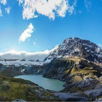 ★ EL ALTAR - PROVINCIA DE CHIMBORAZO  By : @j_sebasstian  #ElAltar #ProvinciaDeChimborazo #DiscoverEcuador #EcuadorPotenciaTuristica #EcuadorIsAllyouNeed #EcuadorTuristico #EcuadorAmaLavida #EcuadorPrimero #Ecuador #SoClose #LikeNoWhereElse #ViajaPrimeroEcuador #AllInOnePlace #AllYouNeedIsEcuador #PaisajesEcuador #PaisajesEcuador593 #FeelAgainInEcuador #Love #Nature_Wizards #Nature_Perfections #Wow_America #World_Shots #WorldCaptures