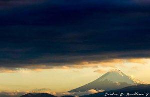 ★ NUEVO AMANECER – VOLCÁN COTOPAXI  By : @yosoycarlitosav  #Cotopaxi #ProvinciaDeCotopaxi #DiscoverEcuador #EcuadorPotenciaTuristica #EcuadorIsAllyouNeed #EcuadorTuristico #EcuadorAmaLavida #EcuadorPrimero #Ecuador #SoClose #LikeNoWhereElse #ViajaPrimeroEcuador #AllInOnePlace #AllYouNeedIsEcuador #PaisajesEcuador #PaisajesEcuador593 #FeelAgainInEcuador #Love #Nature_Wizards #Nature_Perfections #Wow_America #World_Shots #WorldCaptures