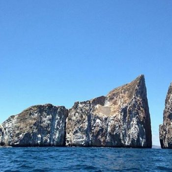 ★ LEON DORMIDO – KICKER ROCK – GALÁPAGOS  By : @awecuador  #LeonDormido #KickerRock #Galápagos #DiscoverEcuador #EcuadorPotenciaTuristica #EcuadorIsAllyouNeed #EcuadorTuristico #EcuadorAmaLavida #EcuadorPrimero #Ecuador #SoClose #LikeNoWhereElse #ViajaPrimeroEcuador #AllInOnePlace #AllYouNeedIsEcuador #PaisajesEcuador #PaisajesEcuador593 #FeelAgainInEcuador #Love #Nature_Wizards #Nature_Perfections #Wow_America #World_Shots #WorldCaptures