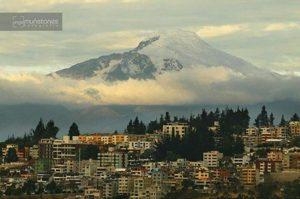 ★ QUITO CON UNA VISTA IMPRESIONANTE DEL CAYAMBE  By : @angelmuentes  #Quito #ProvinciaDePichincha #DiscoverEcuador #EcuadorPotenciaTuristica #EcuadorIsAllyouNeed #EcuadorTuristico #EcuadorAmaLavida #EcuadorPrimero #Ecuador #SoClose #LikeNoWhereElse #ViajaPrimeroEcuador #AllInOnePlace #AllYouNeedIsEcuador #PaisajesEcuador #PaisajesEcuador593 #FeelAgainInEcuador #Love #Nature_Wizards #Nature_Perfections #Wow_America #World_Shots #WorldCaptures