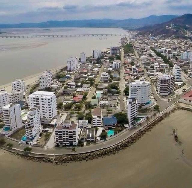 ★ BAHÍA DE CARÁQUEZ - MANABI  #BahiaDeCaraquez #ProvinciaDeManabi #DiscoverEcuador #EcuadorPotenciaTuristica #EcuadorIsAllyouNeed #EcuadorTuristico #EcuadorAmaLavida #EcuadorPrimero #Ecuador #SoClose #LikeNoWhereElse #ViajaPrimeroEcuador #AllInOnePlace #AllYouNeedIsEcuador #PaisajesEcuador #PaisajesEcuador593 #FeelAgainInEcuador #Love #Nature_Wizards #Nature_Perfections #Wow_America #World_Shots #WorldCaptures