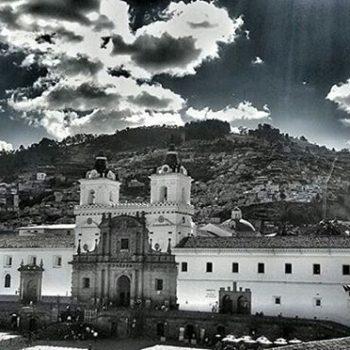 ★ SAN FRANCISCO - QUITO  By : @bianquicc  #SanFrancisco #Quito #ProvinciaDePichincha #DiscoverEcuador #EcuadorPotenciaTuristica #EcuadorIsAllyouNeed #EcuadorTuristico #EcuadorAmaLavida #EcuadorPrimero #Ecuador #SoClose #LikeNoWhereElse #ViajaPrimeroEcuador #AllInOnePlace #AllYouNeedIsEcuador #PaisajesEcuador #PaisajesEcuador593 #FeelAgainInEcuador #Love #Nature_Wizards #Nature_Perfections #Wow_America #World_Shots #WorldCaptures
