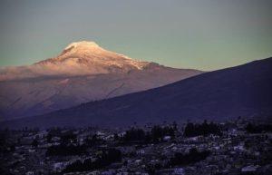 ★ QUITO CON UNA VISTA INCREÍBLE DEL CAYAMBE  By : @davidbalcony  #Quito #ProvinciaDePichincha #DiscoverEcuador #EcuadorPotenciaTuristica #EcuadorIsAllyouNeed #EcuadorTuristico #EcuadorAmaLavida #EcuadorPrimero #Ecuador #SoClose #LikeNoWhereElse #ViajaPrimeroEcuador #AllInOnePlace #AllYouNeedIsEcuador #PaisajesEcuador #PaisajesEcuador593 #FeelAgainInEcuador #Love #Nature_Wizards #Nature_Perfections #Wow_America #World_Shots #WorldCaptures
