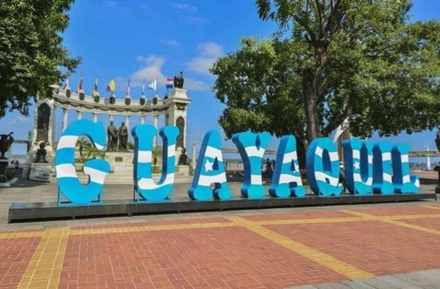 ★ GUAYAQUIL - GUAYAS  By : @victor_alvarez2010  #Guayaquil #ProvinciaDeGuayas #DiscoverEcuador #EcuadorPotenciaTuristica #EcuadorIsAllyouNeed #EcuadorTuristico #EcuadorAmaLavida #EcuadorPrimero #Ecuador #SoClose #LikeNoWhereElse #ViajaPrimeroEcuador #AllInOnePlace #AllYouNeedIsEcuador #PaisajesEcuador #PaisajesEcuador593 #FeelAgainInEcuador #Love #Nature_Wizards #Nature_Perfections #Wow_America #World_Shots #WorldCaptures