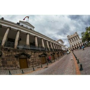 ★ PALACIO DE CARONDELET – QUITO  By : @isaac_silva_pictures  #PalacioDeCarondelet #Quito #ProvinciaDePichincha #DiscoverEcuador #EcuadorPotenciaTuristica #EcuadorIsAllyouNeed #EcuadorTuristico #EcuadorAmaLavida #EcuadorPrimero #Ecuador #SoClose #LikeNoWhereElse #ViajaPrimeroEcuador #AllInOnePlace #AllYouNeedIsEcuador #PaisajesEcuador #PaisajesEcuador593 #FeelAgainInEcuador #Love #Nature_Wizards #Nature_Perfections #Wow_America #World_Shots #WorldCaptures