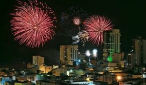 ★ VIVA GUAYAQUIL  By : @wwwdhom  #Guayaquil #ProvinciaDeGuayas #DiscoverEcuador #EcuadorPotenciaTuristica #EcuadorIsAllyouNeed #EcuadorTuristico #EcuadorAmaLavida #EcuadorPrimero #Ecuador #SoClose #LikeNoWhereElse #ViajaPrimeroEcuador #AllInOnePlace #AllYouNeedIsEcuador #PaisajesEcuador #PaisajesEcuador593 #FeelAgainInEcuador #Love #Nature_Wizards #Nature_Perfections #Wow_America #World_Shots #WorldCaptures