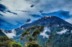 ★ BAÑOS – TUNGURAHUA  By : @alvaro_diaz96  #Baños #ProvinciaDeTungurahua #DiscoverEcuador #EcuadorPotenciaTuristica #EcuadorIsAllyouNeed #EcuadorTuristico #EcuadorAmaLavida #EcuadorPrimero #Ecuador #SoClose #LikeNoWhereElse #ViajaPrimeroEcuador #AllInOnePlace #AllYouNeedIsEcuador #PaisajesEcuador #PaisajesEcuador593 #FeelAgainInEcuador #Love #Nature_Wizards #Nature_Perfections #Wow_America #World_Shots #WorldCaptures