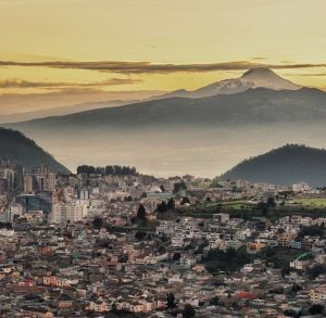★ QUITO CON VISTA DEL CAYAMBE  By : @urbanexpl0rer  #Quito #ProvinciaDePichincha #DiscoverEcuador #EcuadorPotenciaTuristica #EcuadorIsAllyouNeed #EcuadorTuristico #EcuadorAmaLavida #EcuadorPrimero #Ecuador #SoClose #LikeNoWhereElse #ViajaPrimeroEcuador #AllInOnePlace #AllYouNeedIsEcuador #PaisajesEcuador #PaisajesEcuador593 #FeelAgainInEcuador #Love #Nature_Wizards #Nature_Perfections #Wow_America #World_Shots #WorldCaptures