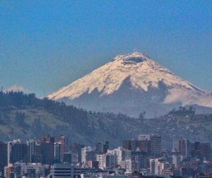★ QUITO CON VISTA DEL COTOPAXI  By : @kattyandrade1  #Quito #ProvinciaDeCotopaxi #DiscoverEcuador #EcuadorPotenciaTuristica #EcuadorIsAllyouNeed #EcuadorTuristico #EcuadorAmaLavida #EcuadorPrimero #Ecuador #SoClose #LikeNoWhereElse #ViajaPrimeroEcuador #AllInOnePlace #AllYouNeedIsEcuador #PaisajesEcuador #PaisajesEcuador593 #FeelAgainInEcuador #Love #Nature_Wizards #Nature_Perfections #Wow_America #World_Shots #WorldCaptures