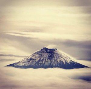 ★ VOLCÁN COTOPAXI  By : @jcbayas  #Cotopaxi #ProvinciaDeCotopaxi #DiscoverEcuador #EcuadorPotenciaTuristica #EcuadorIsAllyouNeed #EcuadorTuristico #EcuadorAmaLavida #EcuadorPrimero #Ecuador #SoClose #LikeNoWhereElse #ViajaPrimeroEcuador #AllInOnePlace #AllYouNeedIsEcuador #PaisajesEcuador #PaisajesEcuador593 #FeelAgainInEcuador #Love #Nature_Wizards #Nature_Perfections #Wow_America #World_Shots #WorldCaptures