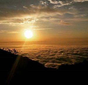 ★ GUARANDA – BOLIVAR  By : @edger__o.s  #Guaranda #ProvinciaDeBolivar #DiscoverEcuador #EcuadorPotenciaTuristica #EcuadorIsAllyouNeed #EcuadorTuristico #EcuadorAmaLavida #EcuadorPrimero #Ecuador #SoClose #LikeNoWhereElse #ViajaPrimeroEcuador #AllInOnePlace #AllYouNeedIsEcuador #PaisajesEcuador #PaisajesEcuador593 #FeelAgainInEcuador #Love #Nature_Wizards #Nature_Perfections #Wow_America #World_Shots #WorldCaptures