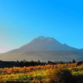 ★ VOLCÁN CHIMBORAZO  By : @jhulyliz  #Chimborazo #ProvinciaDeChimborazo #DiscoverEcuador #EcuadorPotenciaTuristica #EcuadorTuristico #EcuadorAmaLavida #EcuadorPrimero #Ecuador #SoClose #LikeNoWhereElse #ViajaPrimeroEcuador #AllInOnePlace #AllYouNeedIsEcuador #PaisajesEcuador #PaisajesEcuador593 #FeelAgainInEcuador #Love #Nature_Wizards #Nature_Perfections #Wow_America #World_Shots #WorldCaptures
