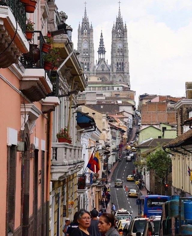 ★ CENTRO HISTÓRICO DE QUITO  By : @mltfoto  #Quito #ProvinciaDePichincha #DiscoverEcuador #EcuadorPotenciaTuristica #EcuadorIsAllyouNeed #EcuadorTuristico #EcuadorAmaLavida #EcuadorPrimero #Ecuador #SoClose #LikeNoWhereElse #ViajaPrimeroEcuador #AllInOnePlace #AllYouNeedIsEcuador #PaisajesEcuador #PaisajesEcuador593 #FeelAgainInEcuador #Love #Nature_Wizards #Nature_Perfections #Wow_America #World_Shots #WorldCaptures
