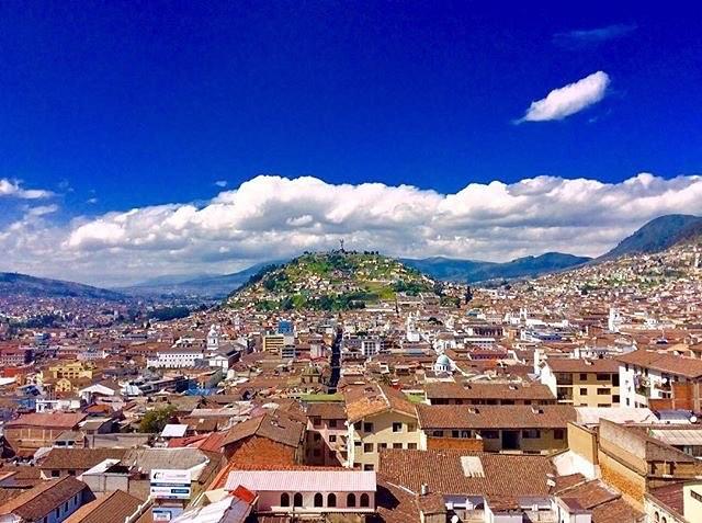 ★ QUITO - PICHINCHA  By : @jess.mora  #Huaquillas #ProvinciaDeElOro #DiscoverEcuador #EcuadorPotenciaTuristica #EcuadorIsAllyouNeed #EcuadorTuristico #EcuadorAmaLavida #EcuadorPrimero #Ecuador #SoClose #LikeNoWhereElse #ViajaPrimeroEcuador #AllInOnePlace #AllYouNeedIsEcuador #PaisajesEcuador #PaisajesEcuador593 #FeelAgainInEcuador #Love #Nature_Wizards #Nature_Perfections #Wow_America #World_Shots #WorldCaptures