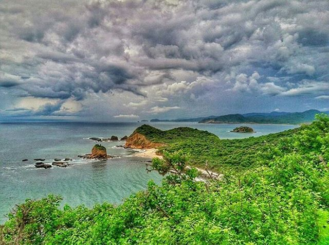 ★ LOS FRAILES - PARQUE NACIONAL MACHALILLA - MANABÍ  By : @edilion86  #LosFrailes #ProvinciaDeManabí #DiscoverEcuador #EcuadorPotenciaTuristica #EcuadorIsAllyouNeed #EcuadorTuristico #EcuadorAmaLavida #EcuadorPrimero #Ecuador #SoClose #LikeNoWhereElse #ViajaPrimeroEcuador #AllInOnePlace #AllYouNeedIsEcuador #PaisajesEcuador #PaisajesEcuador593 #FeelAgainInEcuador #Love #Nature_Wizards #Nature_Perfections #Wow_America #World_Shots #WorldCaptures