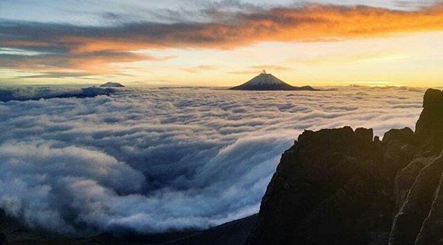 ★ CORDILLERA DE LOS ANDES  By : @dontdropthatthonthonthon  #EcuadorPotenciaTuristica #EcuadorIsAllyouNeed #EcuadorTuristico #EcuadorAmaLavida #EcuadorPrimero #Ecuador #SoClose #LikeNoWhereElse #ViajaPrimeroEcuador #AllInOnePlace #AllYouNeedIsEcuador #PaisajesEcuador #PaisajesEcuador593 #FeelAgainInEcuador #Love #Nature_Wizards #Nature_Perfections #Wow_America #World_Shots #WorldCaptures