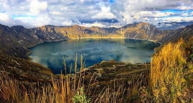 ★ QUILOTOA - COTOPAXI  By : @petter_larsson  #Quilotoa #ProvinciaDeCotopaxi #DiscoverEcuador #EcuadorPotenciaTuristica #EcuadorIsAllyouNeed #EcuadorTuristico #EcuadorAmaLavida #EcuadorPrimero #Ecuador #SoClose #LikeNoWhereElse #ViajaPrimeroEcuador #AllInOnePlace #AllYouNeedIsEcuador #PaisajesEcuador #PaisajesEcuador593 #FeelAgainInEcuador #Love #Nature_Wizards #Nature_Perfections #Wow_America #World_Shots #WorldCaptures