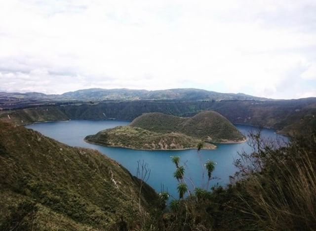 ★ CUICOCHA - IMBABURA  By : @karenfierroarcos  #Cuicocha #ProvinciaDeImbabura #DiscoverEcuador #EcuadorPotenciaTuristica #EcuadorIsAllyouNeed #EcuadorTuristico #EcuadorAmaLavida #EcuadorPrimero #Ecuador #SoClose #LikeNoWhereElse #ViajaPrimeroEcuador #AllInOnePlace #AllYouNeedIsEcuador #PaisajesEcuador #PaisajesEcuador593 #FeelAgainInEcuador #Love #Nature_Wizards #Nature_Perfections #Wow_America #World_Shots #WorldCaptures