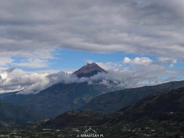 ★ VOLCÁN TUNGURAHUA  By : @j_sebasstian  #Tungurahua #ProvinciaDeTungurahua #DiscoverEcuador #EcuadorPotenciaTuristica #EcuadorIsAllyouNeed #EcuadorTuristico #EcuadorAmaLavida #EcuadorPrimero #Ecuador #SoClose #LikeNoWhereElse #ViajaPrimeroEcuador #AllInOnePlace #AllYouNeedIsEcuador #PaisajesEcuador #PaisajesEcuador593 #FeelAgainInEcuador #Love #Nature_Wizards #Nature_Perfections #Wow_America #World_Shots #WorldCaptures
