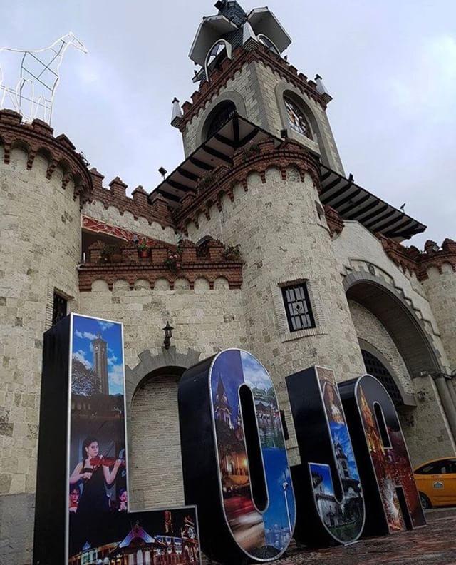 ★ PUERTA DE LA CIUDAD – LOJA  By : @paolita_gob  #Loja #ProvinciaDeLoja #DiscoverEcuador #EcuadorPotenciaTuristica #EcuadorIsAllyouNeed #EcuadorTuristico #EcuadorAmaLavida #EcuadorPrimero #Ecuador #SoClose #LikeNoWhereElse #ViajaPrimeroEcuador #AllInOnePlace #AllYouNeedIsEcuador #PaisajesEcuador #PaisajesEcuador593 #FeelAgainInEcuador #Love #Nature_Wizards #Nature_Perfections #Wow_America #World_Shots #WorldCaptures