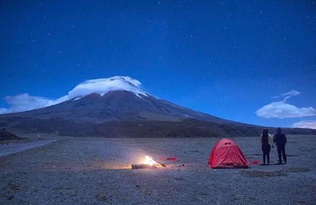 ★ VOLCÁN COTOPAXI  By : @eliassuarez12  #Cotopaxi #ProvinciaDeCotopaxi #EcuadorPotenciaTuristica #EcuadorIsAllyouNeed #EcuadorTuristico #EcuadorAmaLavida #EcuadorPrimero #Ecuador #SoClose #LikeNoWhereElse #ViajaPrimeroEcuador #AllInOnePlace #AllYouNeedIsEcuador #PaisajesEcuador #PaisajesEcuador593 #FeelAgainInEcuador #Love #Nature_Wizards #Nature_Perfections #Wow_America #World_Shots #WorldCaptures