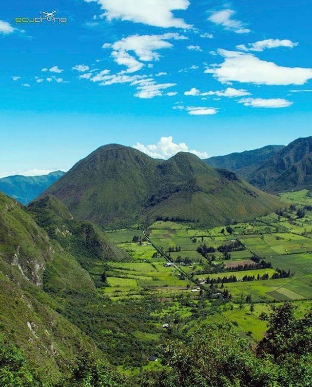 ★ PULULAHUA - PICHINCHA  By : @ecudrone4k  #Pululahua #ProvinciaDePichincha #EcuadorPotenciaTuristica #EcuadorIsAllyouNeed #EcuadorTuristico #EcuadorAmaLavida #EcuadorPrimero #Ecuador #SoClose #LikeNoWhereElse #ViajaPrimeroEcuador #AllInOnePlace #AllYouNeedIsEcuador #PaisajesEcuador #PaisajesEcuador593 #FeelAgainInEcuador #Love #Nature_Wizards #Nature_Perfections #Wow_America #World_Shots #WorldCaptures