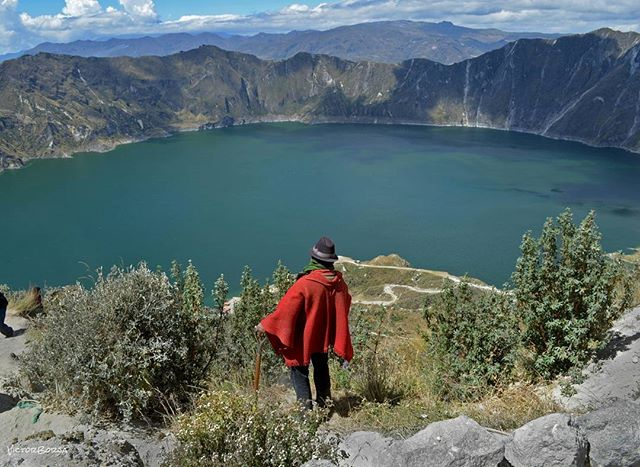Foto Destacada por: @victorborjaec | Laguna de Quilotoa. Zumbahua,  Ec. #volcano#volcanic#nature#people#...