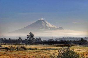 Pujilí Foto Destacada por: @lucasgarzonf | #Cotopaxi y #Morurco #Ecuador #byLucas