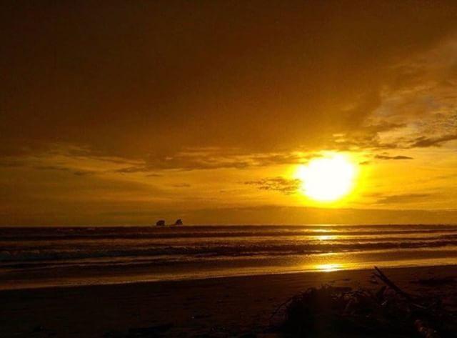 ★ AYAMPE - MANABÍ  By : @vickyvalverdeg  #Ayampe #ProvinciaDeManabí #EcuadorPotenciaTuristica #EcuadorIsAllyouNeed #EcuadorTuristico #EcuadorAmaLavida #EcuadorPrimero #Ecuador #SoClose #LikeNoWhereElse #ViajaPrimeroEcuador #AllInOnePlace #AllYouNeedIsEcuador #PaisajesEcuador #PaisajesEcuador593 #FeelAgainInEcuador #Love #Nature_Wizards #Nature_Perfections #Wow_America #World_Shots #WorldCaptures