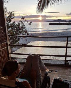★ por: @betti_travels | Relax… #sunset #galapagos #galapagosislands #ecuador #ecuadorturistico #allyouneedisecuador #isabela #travel #lovetravel #travelpics #travelasmuchasyoucan #wanderlust #perfectview