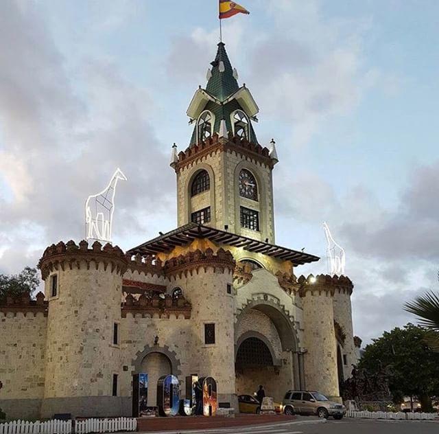 ★ PUERTA DE LA CIUDAD - LOJA By : @luisbyronfr #Loja #ProvinciaDeLoja #EcuadorPotenciaTuristica #EcuadorIsAllyouNeed #EcuadorTuristico #EcuadorAmaLavida #EcuadorPrimero #Ecuador #SoClose #LikeNoWhereElse #ViajaPrimeroEcuador #AllInOnePlace #AllYouNeedIsEcuador #PaisajesEcuador #PaisajesEcuador593 #FeelAgainInEcuador #Love #Nature_Wizards #Nature_Perfections #Wow_America #World_Shots #WorldCaptures