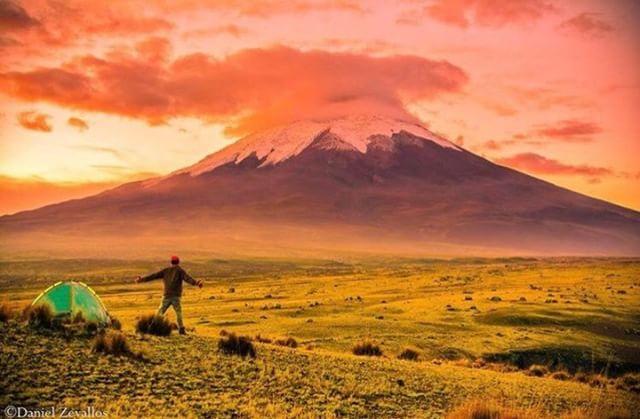 VOLCÁN COTOPAXI  By : @danielzeballos12 #Cotopaxi #ProvinciaDeCotopaxi #EcuadorPotenciaTuristica #EcuadorIsAllyouNeed #EcuadorTuristico #EcuadorAmaLavida #EcuadorPrimero #Ecuador #SoClose #LikeNoWhereElse #ViajaPrimeroEcuador #AllInOnePlace #AllYouNeedIsEcuador #PaisajesEcuador #PaisajesEcuador593 #FeelAgainInEcuador #Love #Nature_Wizards #Nature_Perfections #Wow_America #World_Shots #WorldCaptures